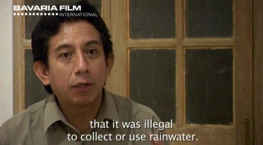 En 2000, la banque mondiale imposa aux autorités boliviennes la